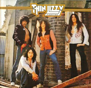 1975 Thin-Lizzy-Fighting-NA